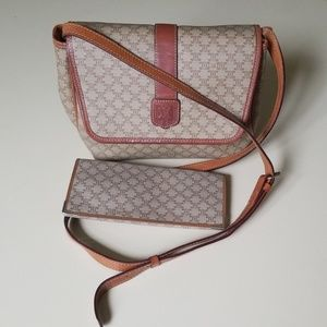❤SALE NOWAuthentic Celine Crossbody bag and wallet